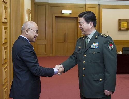 常万全会见菲律宾国防部副部长