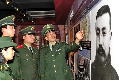 河北唐山:缅怀革命先辈 激发爱国热情